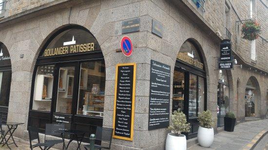 Portage de repas à domicile Saint Malo, Dinard. Prise en charge APA et crédit d'impot.