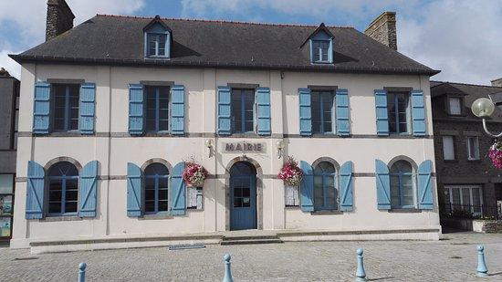 Portage de repas a domicile livraison Saint Benoit des Ondes APA ARDH